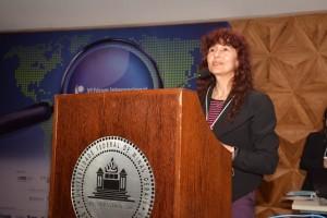 PhD. Elizabeth Manias (Deakin University – Melbourne, Austrália)